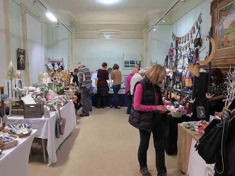 Christmas fairs and markets