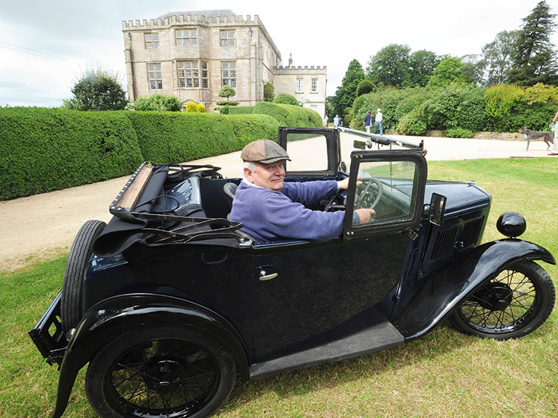Classic Car show at Newark ParkPark