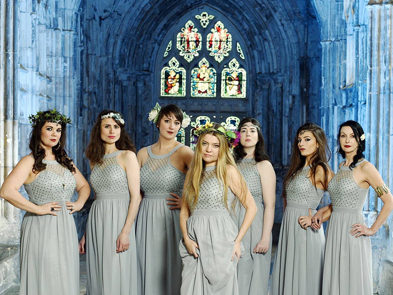 Mediaeval Baebes at Gloucester Cathedral