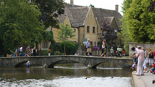 Bourton On The Water Venice Of The Cotswolds