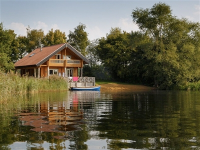 Log House Holidays - the perfect place to stay in the Cotswolds