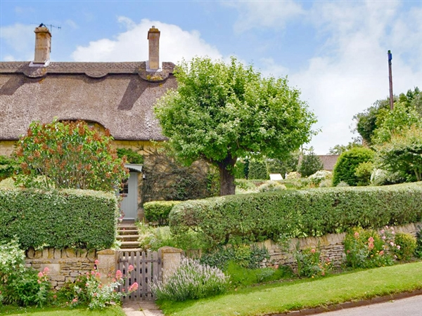 Rose Cottage is the chocolate box cottage in the Cotswolds offering quintessential self catering accommodation