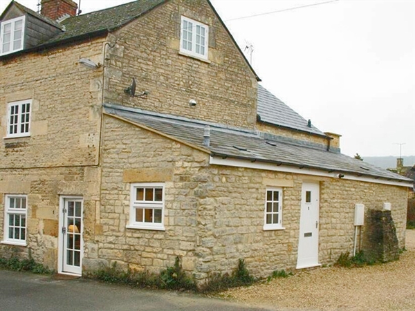 Mad Molly's Cottage in Winchcombe - Selef Catering Holidays in the Cotswolds
