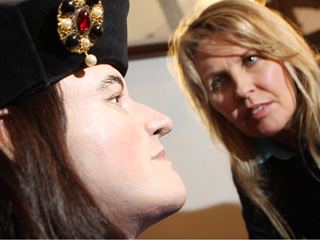 King Richard III has made his triumphant return to Sudeley Castle & Gardens