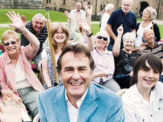 BBC Antiques Series 'FLOG IT' comes to Gloucester Cathedral
