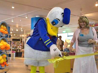 Donald Duck opens new shop at WWT Slimbridge