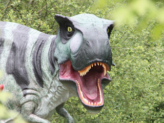 Dinosaurs now in the Cotswolds at Birdland Park & Gardens