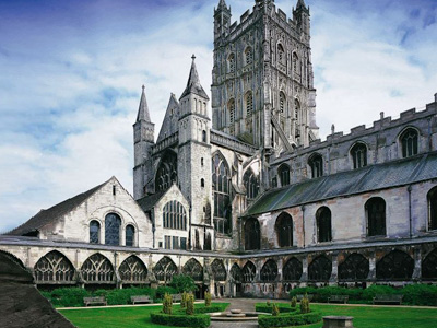 Gloucester Cathedral Celebrates the Queen's 90th Birthday with a Summer Garden Party
