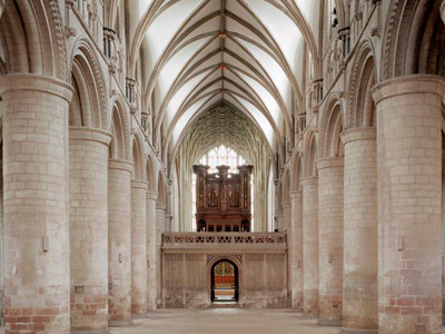 Gloucester Cathedral serves up a sumptuous Medieval Banquet
