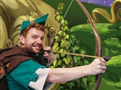 REVIEW: Robin Hood and the Babes in the Wood at The Roses Theatre