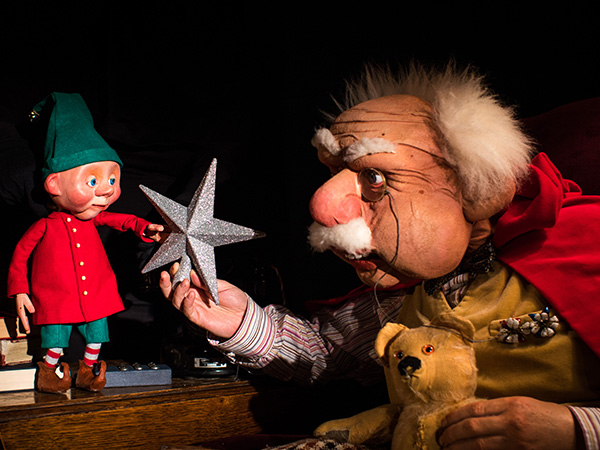 Christmas Tales with Grandad at Gloucester Guildhall