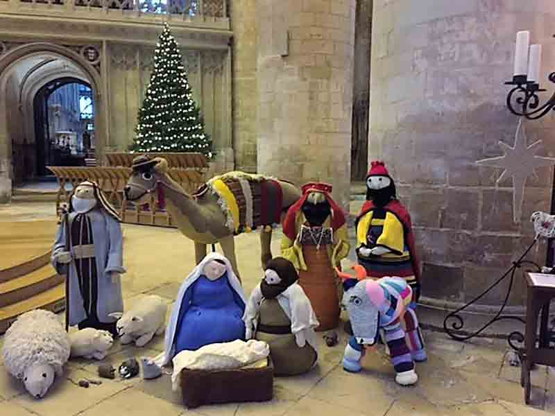 Knitivity at Gloucester Cathedral