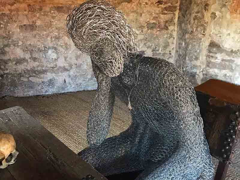 The Ghosts of Berkeley Castle – Sculpture Exhibition