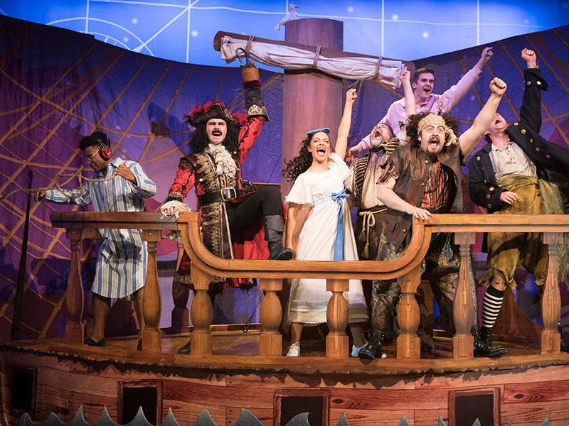 REVIEW: Peter Pan Goes Wrong at the Everyman Theatre