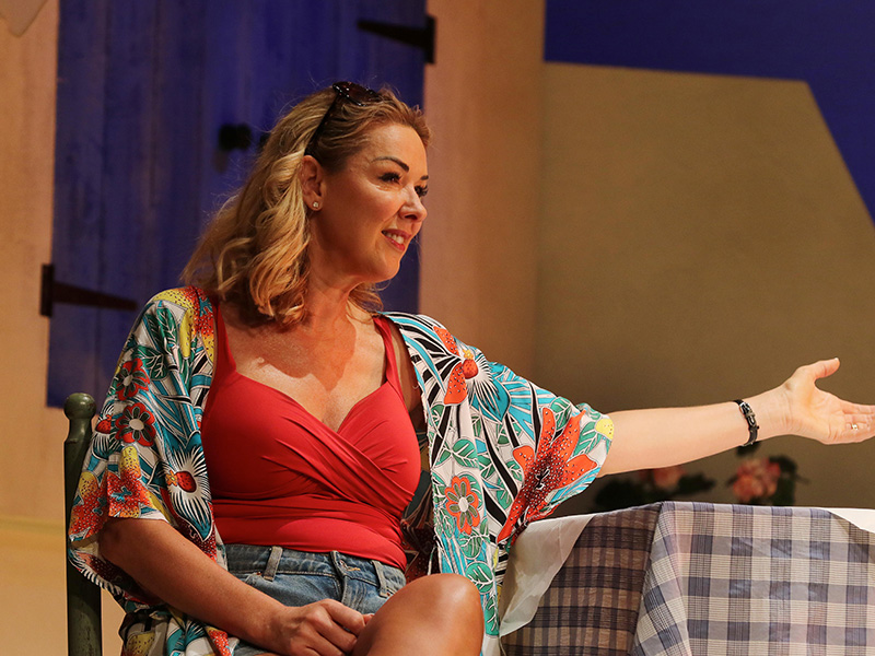 REVIEW: Shirley Valentine at the Everyman Theatre