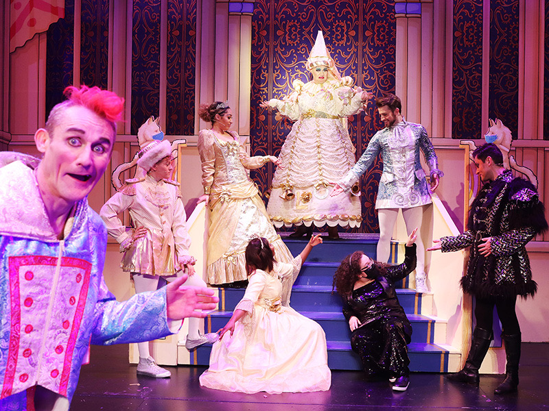 "REVIEW: ""Tweedy's Reduced Panto"" at the Everyman Theatre"